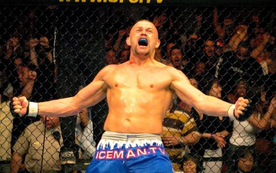 UFC 47 Free Fight: Chuck Liddell vs Tito Ortiz 1 (2004)