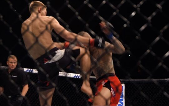 Dan Hooker Breaks Down Perfectly Timed Knee Against Ross Pearson