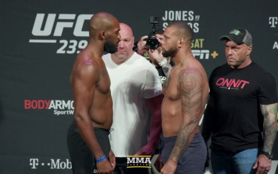 UFC 239: Jon Jones vs. Thiago Santos Weigh-In Staredown – MMA Fighting