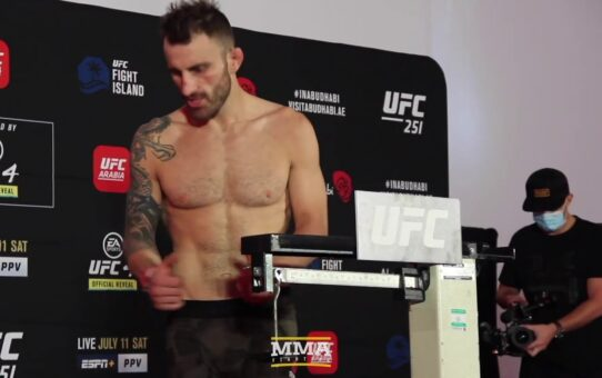 UFC 251 Weigh-Ins: Alexander Volkanovski, Max Holloway Make Weight – MMA Fighting
