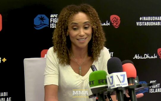 Karyn Bryant Pitches 'Alternate Feed' With Her, Angela Hill Doing Play-By-Play – MMA Fighting