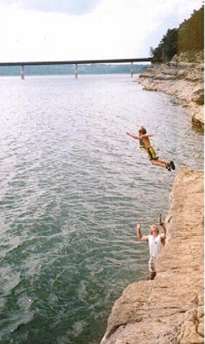 Cliff jumping at Bidwell Park