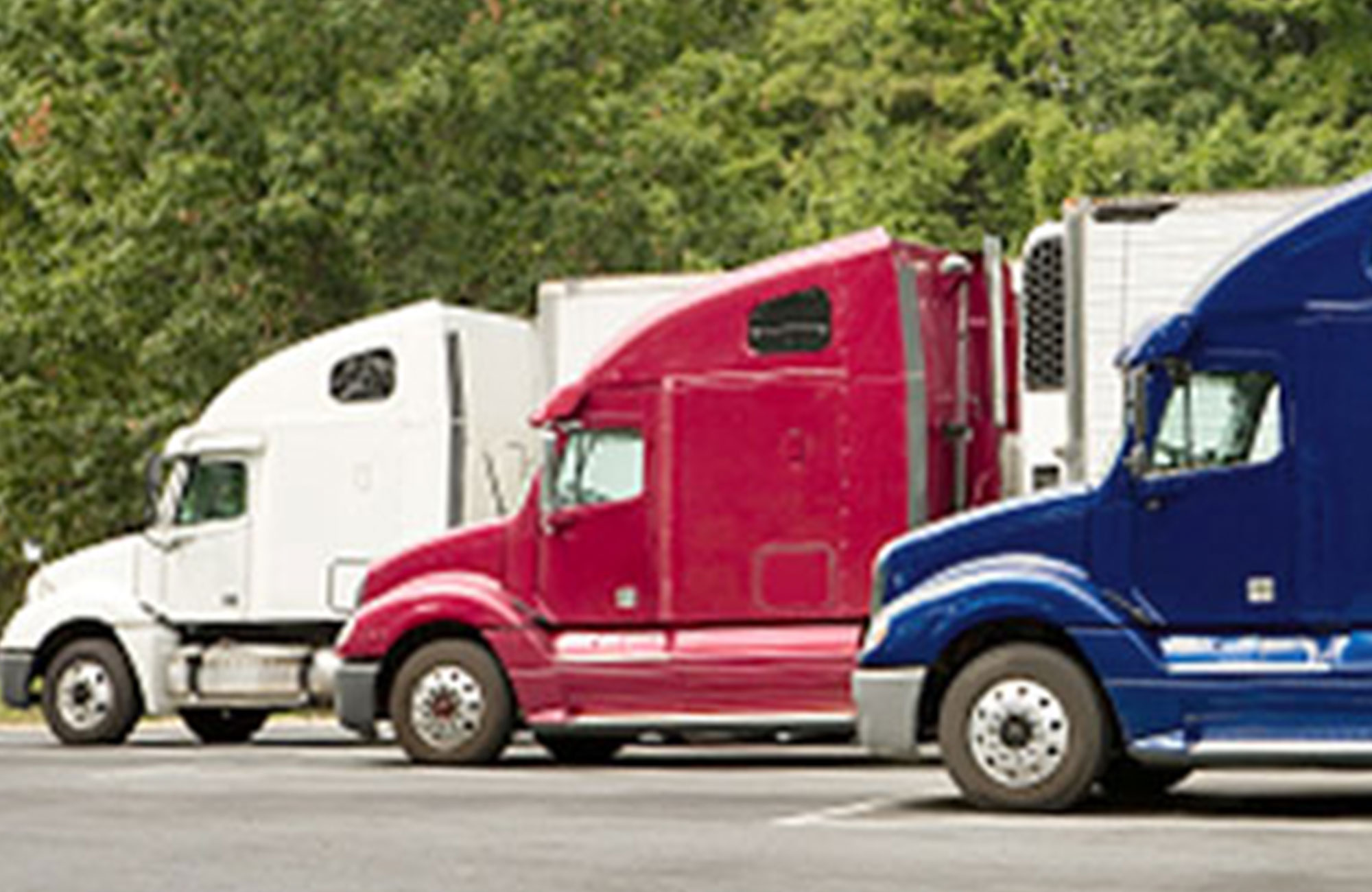 Carrier-Direct-or-Freight-Fowarder-Which-is-Right-for-You