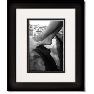 Matte Black Frame & White/Black