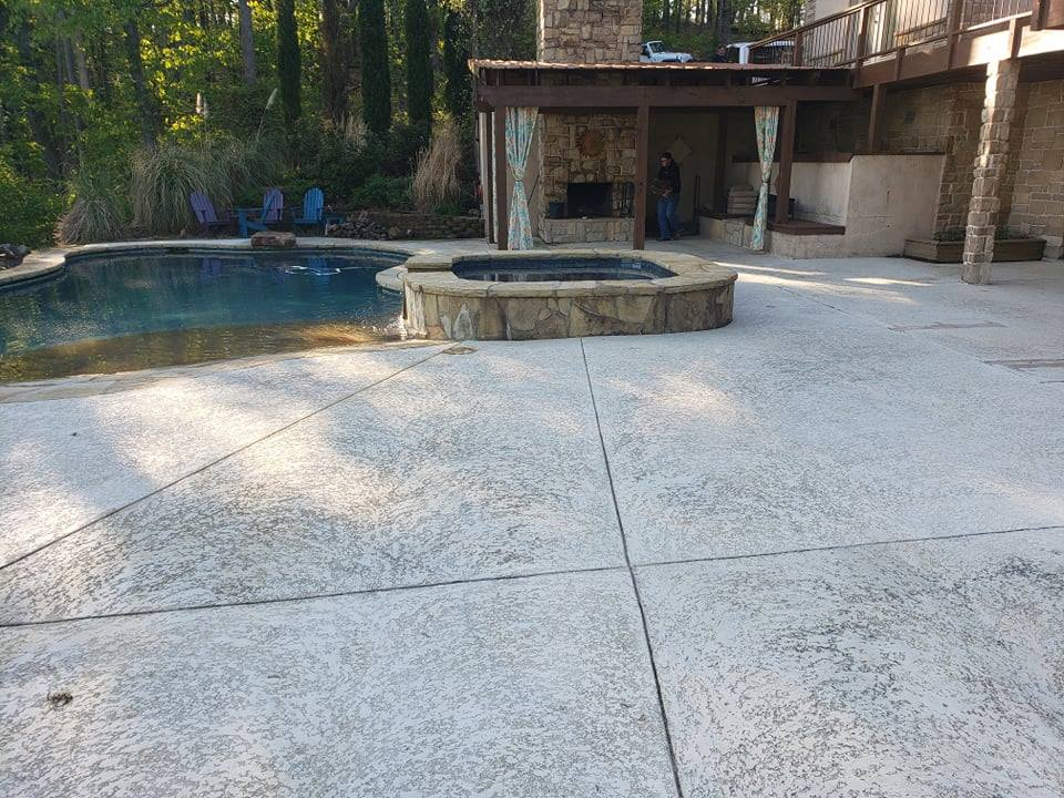 Here you can see the old Kool Deck system. Our client was experiencing peeling and chipping and contacted us to replace this existing floor system with our 1 Day Coatings product.