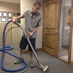 carpet cleaning trav