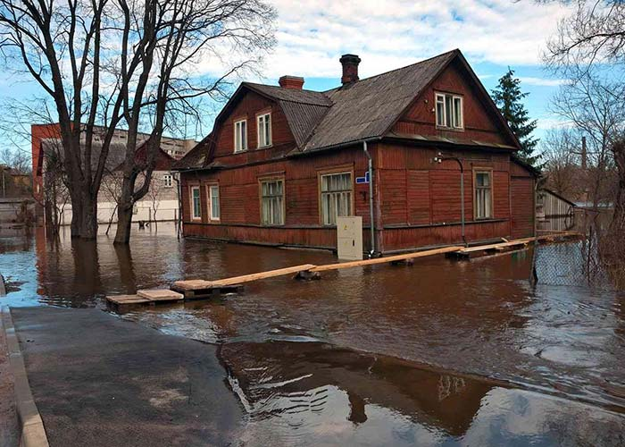 What To Do After a House Flood