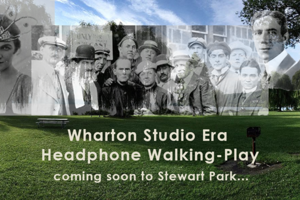 Wharton Studio Era Headphone Walking-Play