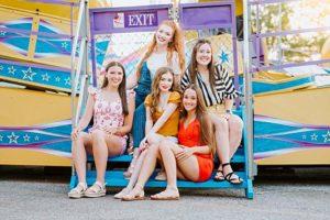 """Fair"" warning: Gorgeous girls at the State Fair!"
