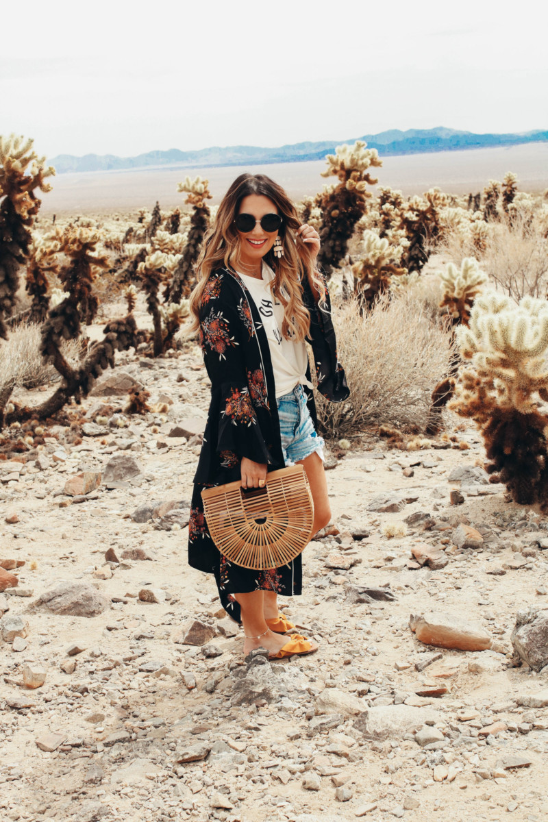 ALL OF THE MOST POPULAR PLACES THAT YOU MUST SEE IN PALM SPRINGS. ALL OF MY FAVORITE INSTAGRAM WORTHY SPOTS IN PALM SPRINGS IS IN THE BLOG. READ MORE TO FIND OUT MY EXACT THOUGHTS.