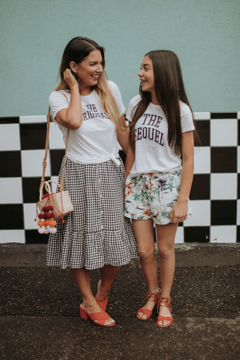 From California prints to classic gingham, summer outfits for the entire family that are budget friendly. Read more to find out what I found at Old Navy.