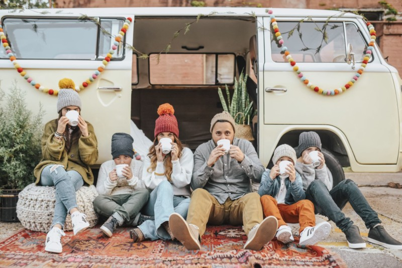 OUTFIT IDEAS AND TIPS TO CREATE YOUR FAMILY PHOTOSHOOT FOR CHRISTMAS CARDS