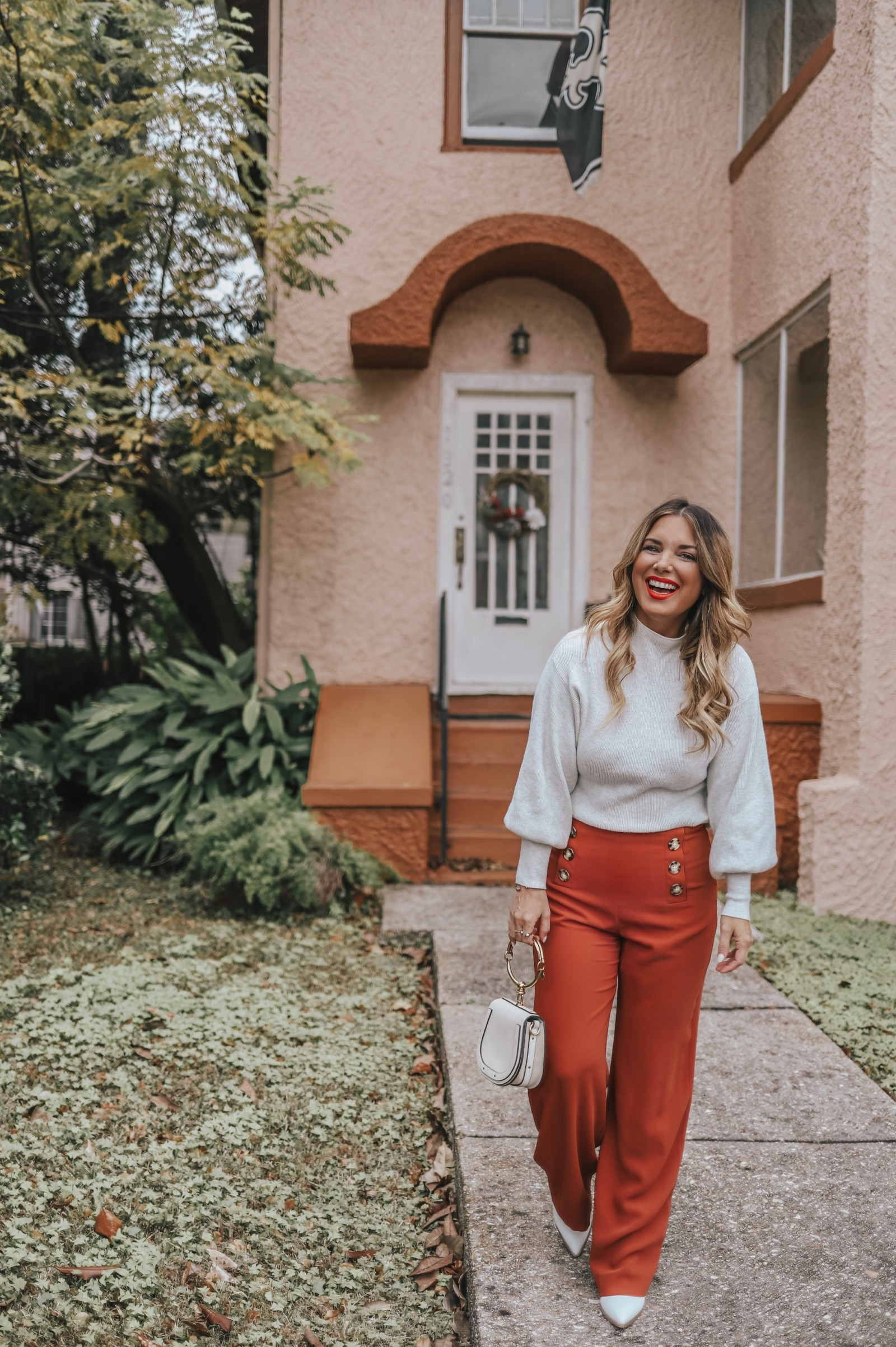 HOW TO FIND PETITE CLOTHES THAT ACTUALLY FIT. AND, WIDE LEG PANTS AND A BASIC TOP FROM RIVER ISLAND WORN TWO WAYS.