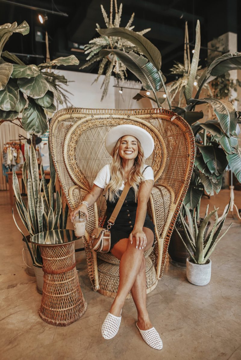 NEW ORLEANS CITY GUIDE WITH BB DAKOTA