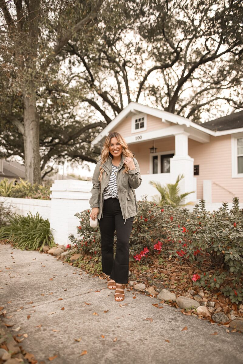 STAPLE ITEMS IN MY CLOSET ALL UNDER $50- DENIM, BASIC WHITE TEE, STRIPES, AND MORE. AFFORDABLE FASHION FOR ALL SHAPES AND SIZES.