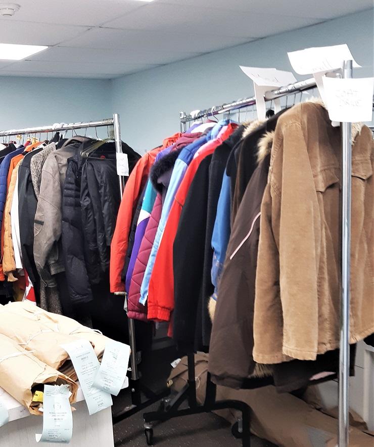 hvl coat three