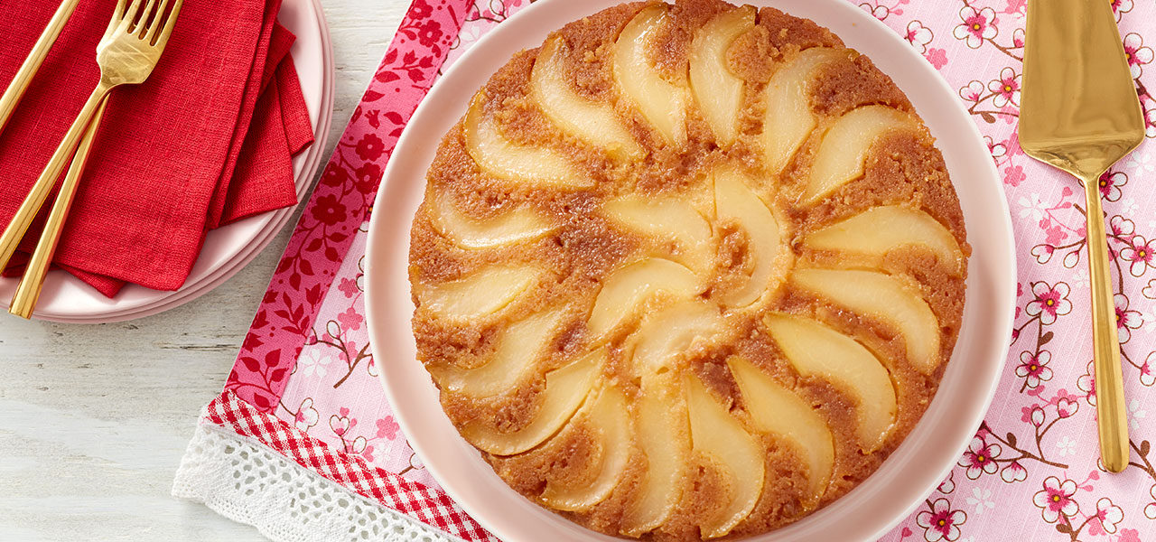 Pear Upside-Down Cake: Your New Favorite Fall Dessert