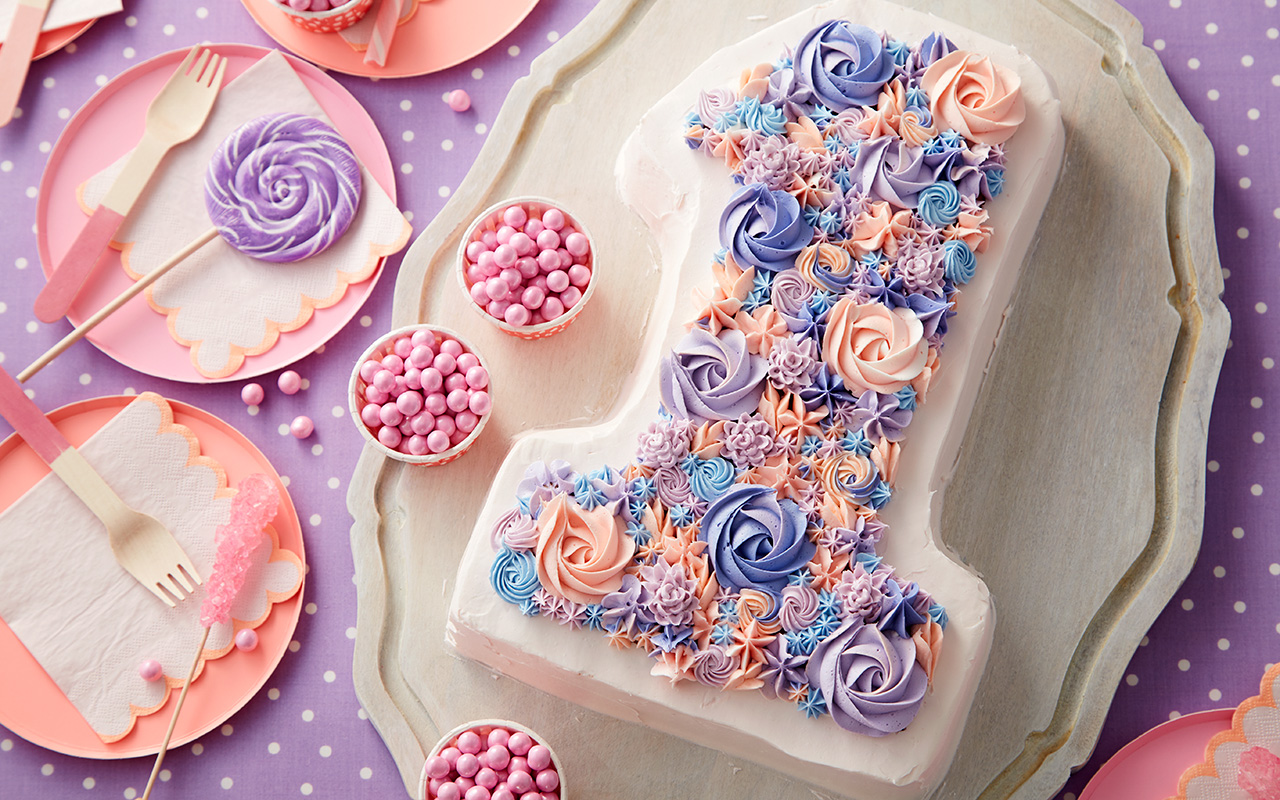 Peachy 8 Fabulous Flower Birthday Cake Ideas Wilton Blog Personalised Birthday Cards Paralily Jamesorg