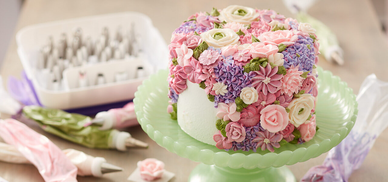 Swell 8 Fabulous Flower Birthday Cake Ideas Wilton Blog Funny Birthday Cards Online Inifodamsfinfo