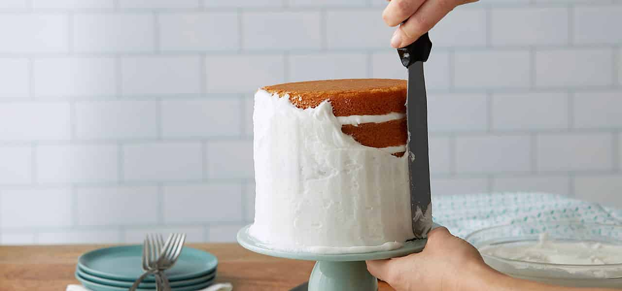 How to Make White Buttercream Frosting