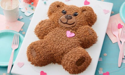 How to Pipe a Precious Buttercream Teddy Bear Cake at Home!