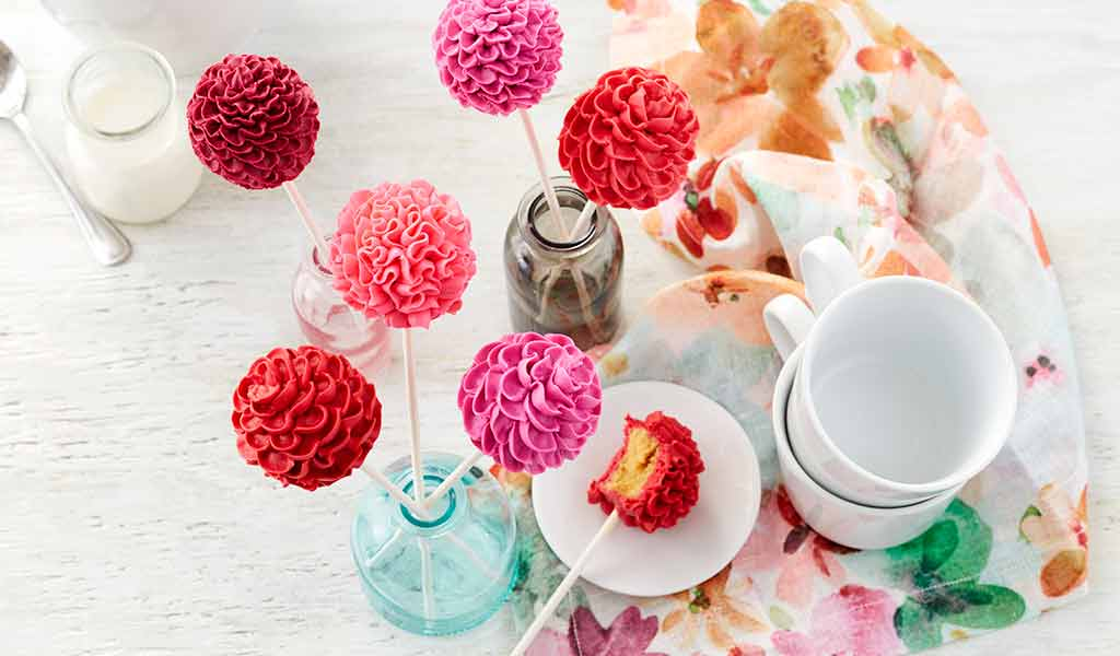 pink and red floral bloom cake pops