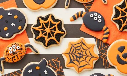 How to Make Halloween Cookies- Easy Halloween Cookie Recipe