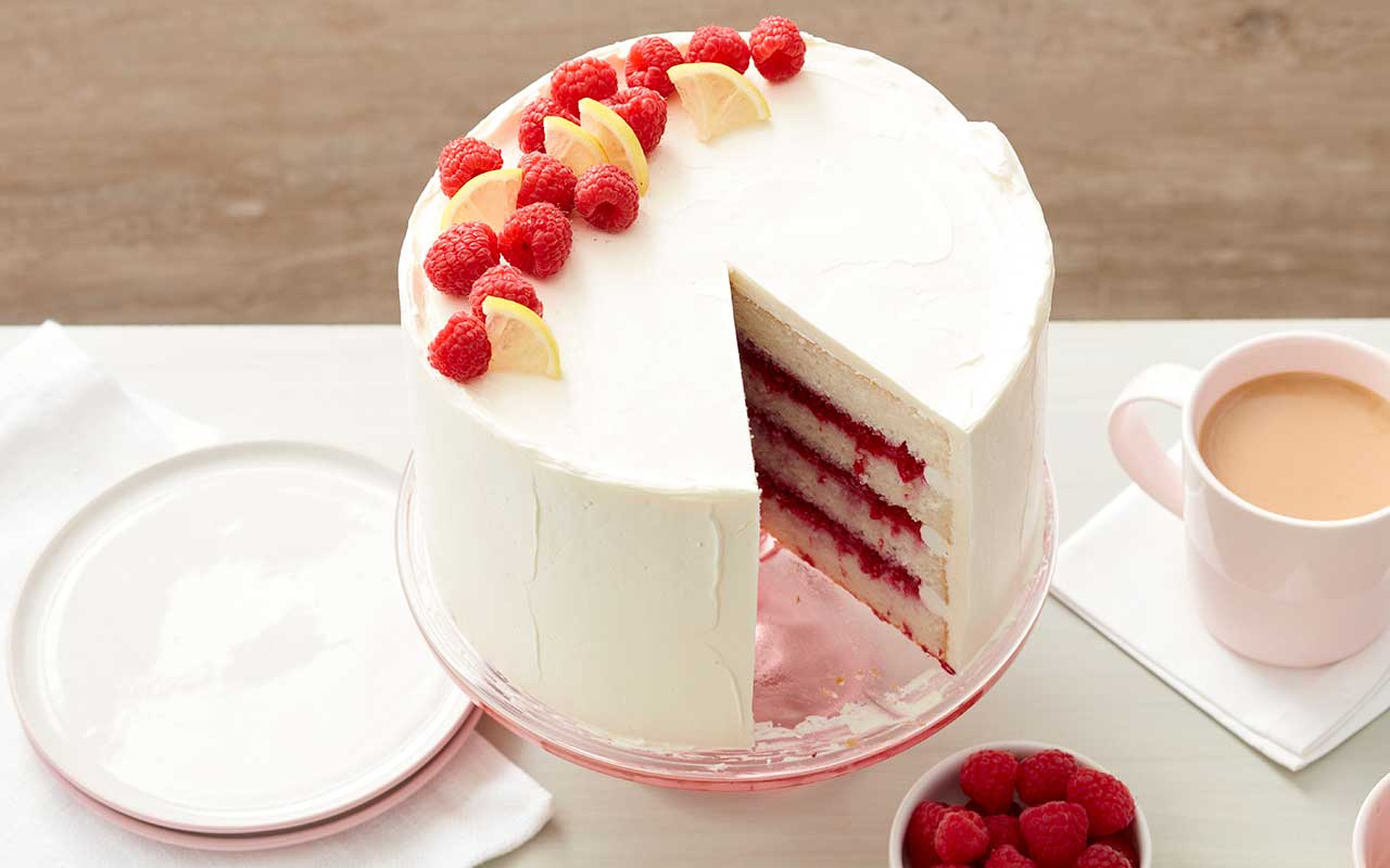 cake with raspberry filling