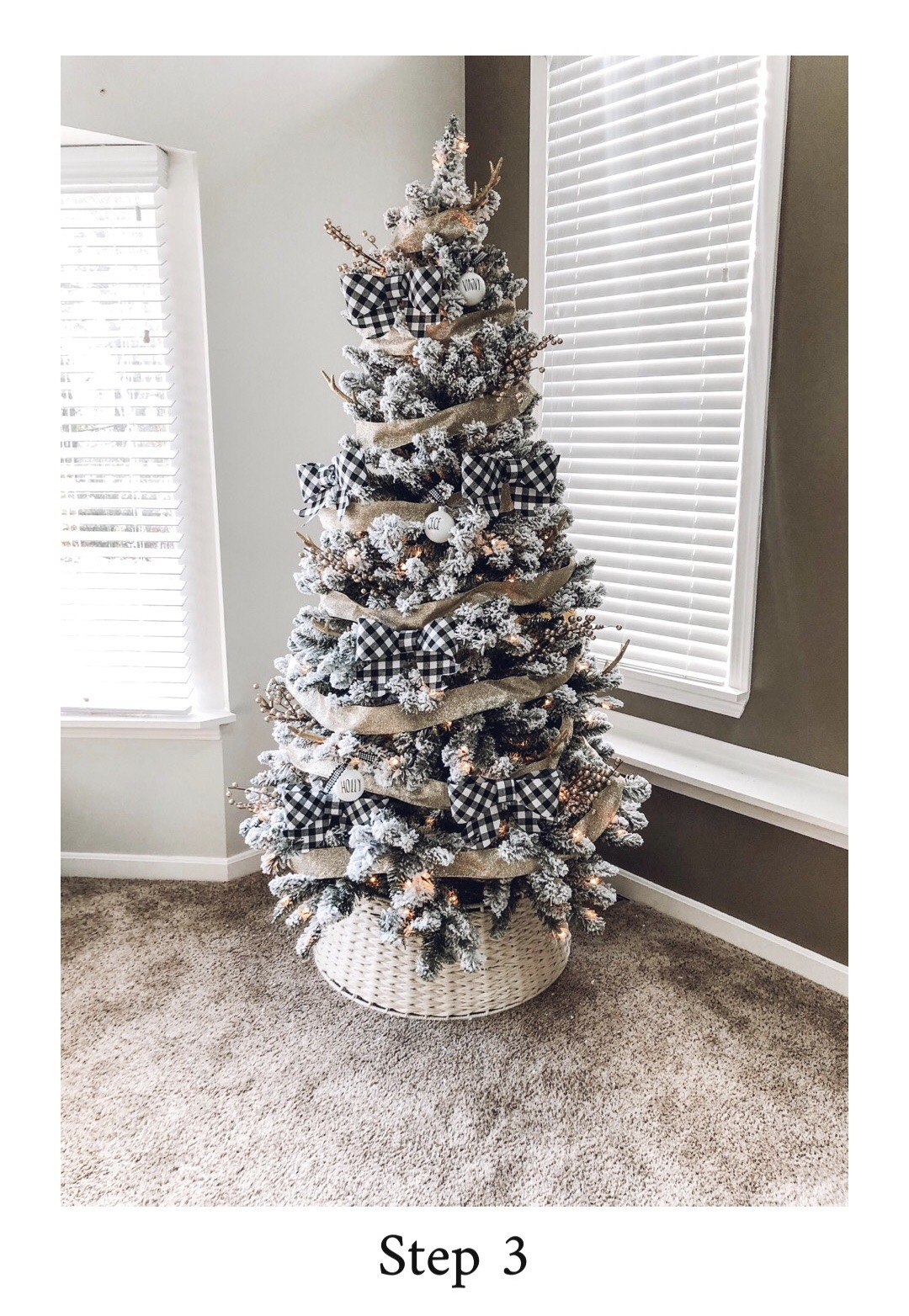 Decorate your Christmas Tree in Five Easy Steps