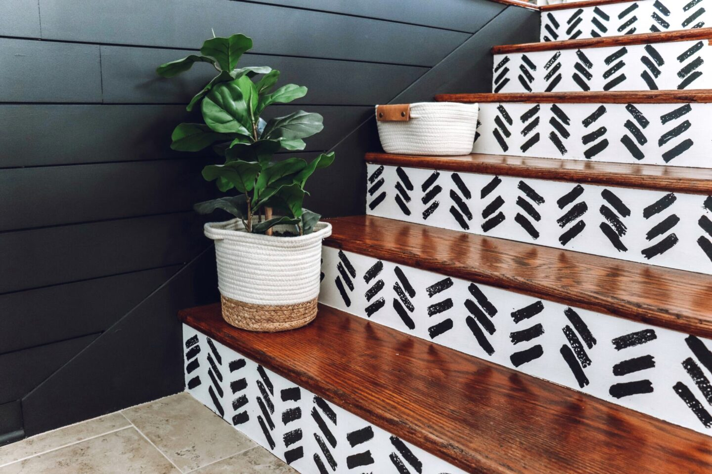black shiplap staircase pattern