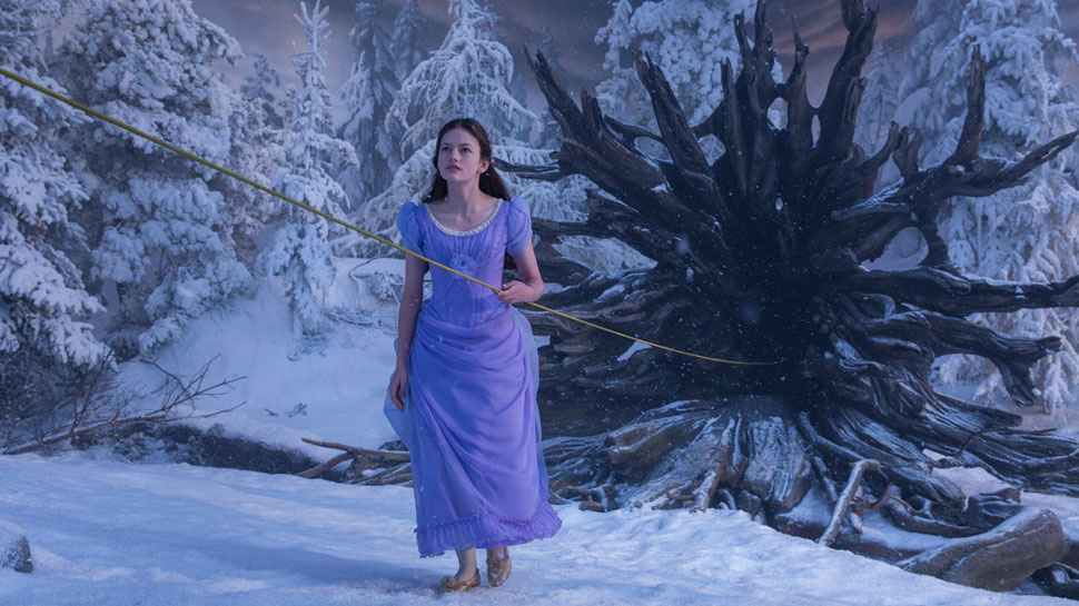 "Review: ""The Nutcracker and the Four Realms"""