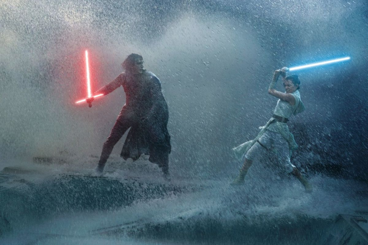 "Review: ""Star Wars: The Rise of Skywalker"""