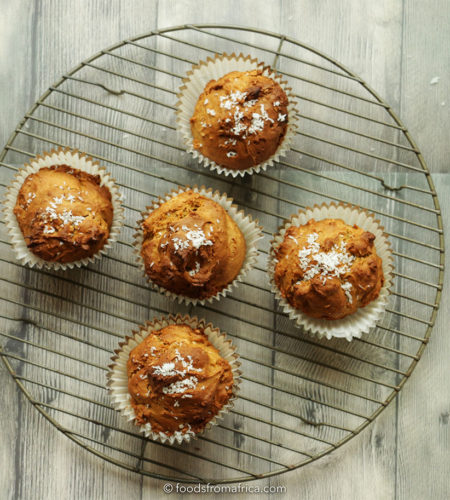 spiced-papaya-seed-muffin