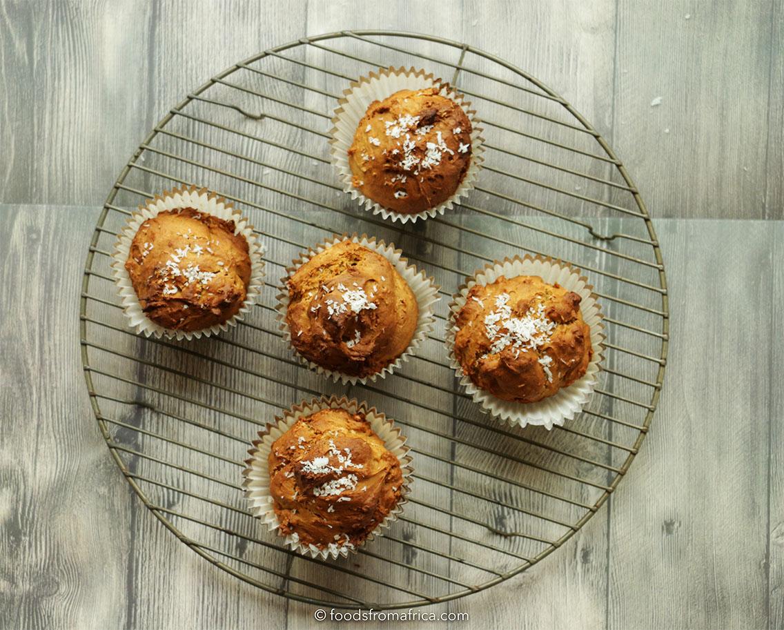 spiced-papaya-seed-muffin