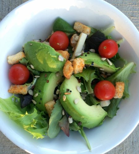 This African avocado salad makes a healthy and flavoursome diabetic lunch idea. Quick, healthy salad for lunch on-the-go.