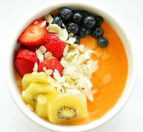 papaya-and-banana-smoothie-breakfast-bowl