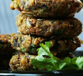 Black-Eyed-Pea-Veggie-Burger