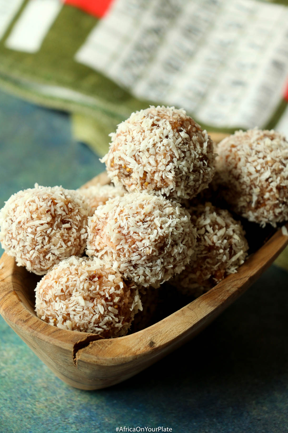 Coconut Fig Snack Balls
