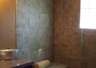Open Shower in upstairs bathroom