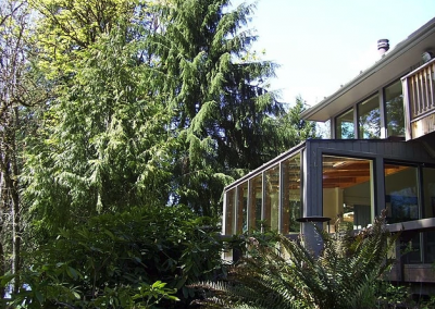 McKenzie River vacation home rental sunroom