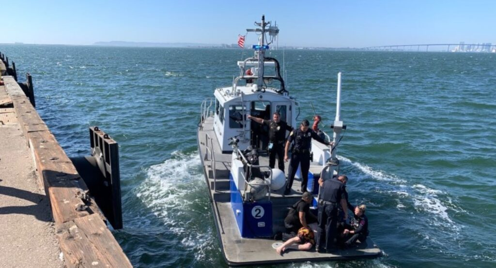 Calif. cop jumps in ocean, rescues man who fell off Jet Ski