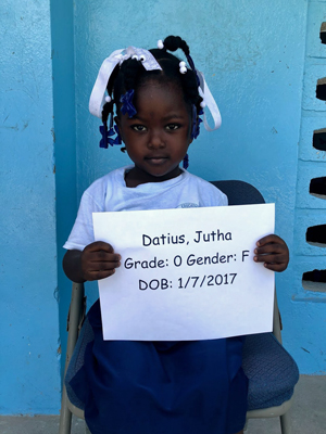 Datius, Jutha-Large