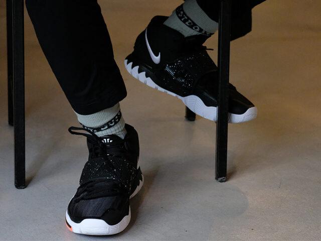 Release Reminder: Nike KYRIE 6 'Jet Black'