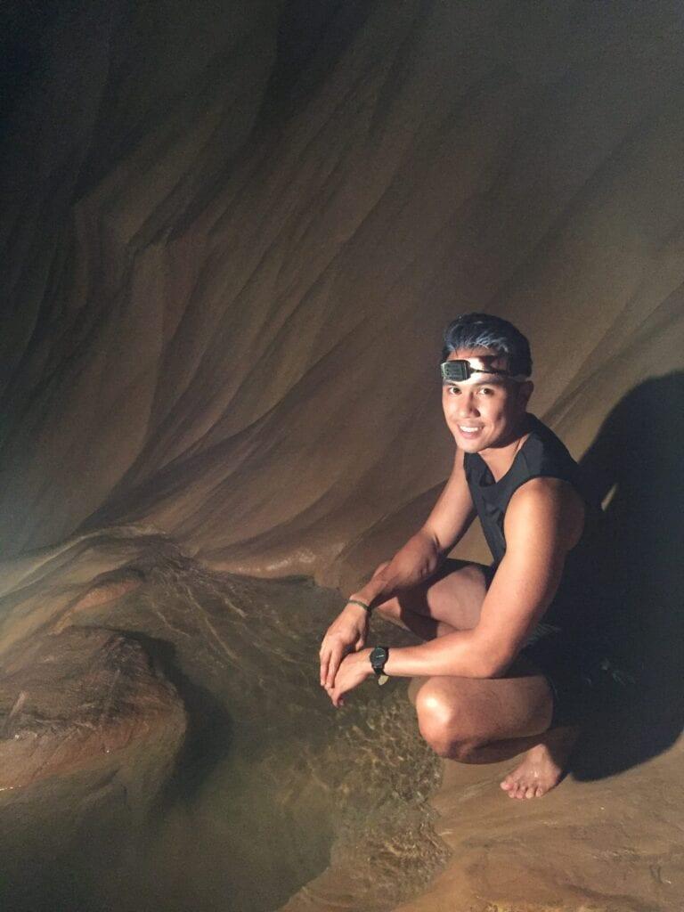 sumaging cave in sagada philippines
