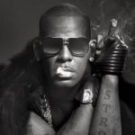 R Kelly Uses Women's Pea For VooDoo!