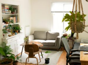 5 Easy Ways to Make Your Apartment Feel Like Home