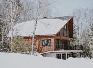 5 Reasons to Own or Rent a Winter Home in Idaho