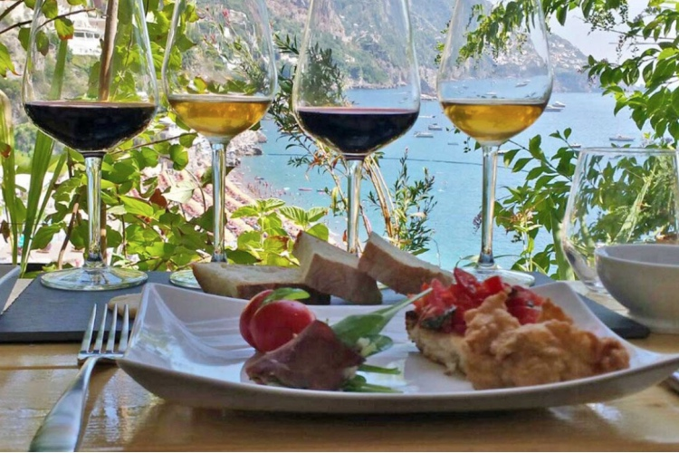 🏆 6 Wines and Food Tasting with an Expert