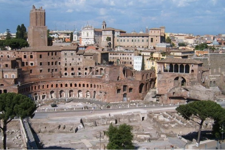 🏆 The Glory of Ancient Rome and Colosseum
