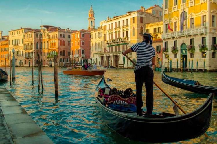 🏆 Gondola Ride